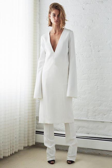 womens-fashion-ideas-white-wide-arm-photographic-shirt-dresses