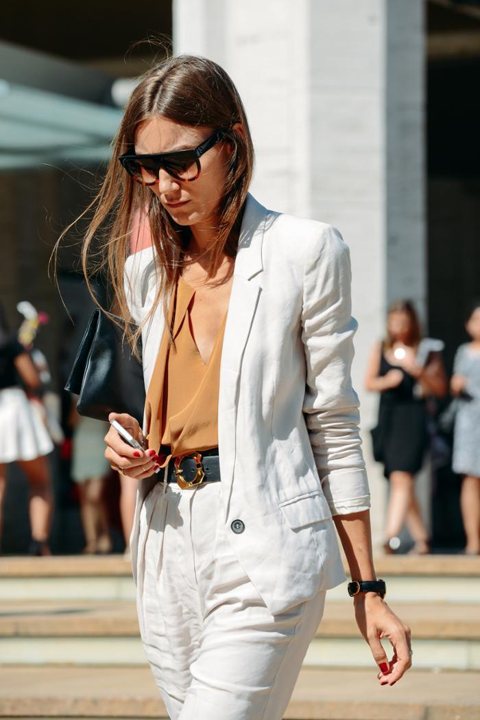 womens-fashion-inspiration-white-camel