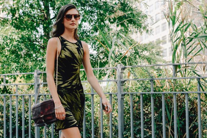womens-style-inspiration-green-black-safari