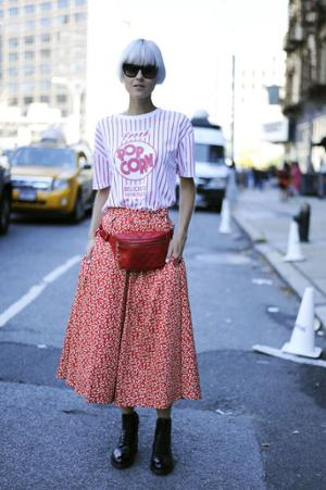 womens-fashion-photography-pink-red-prints