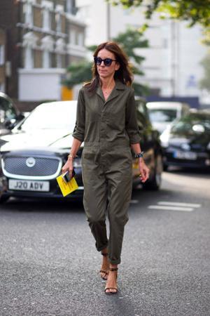 womens-fashion-photography-khaki-overalls
