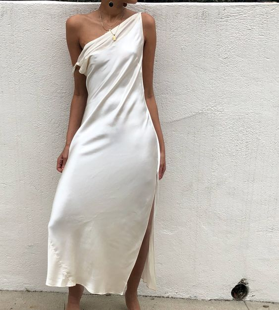 womens-fashion-ootd-silk-and-satin-all-white-long-skirts