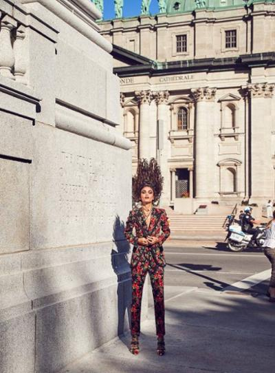 womens-fashion-ideas-florals-big-jewelry-flared-pants
