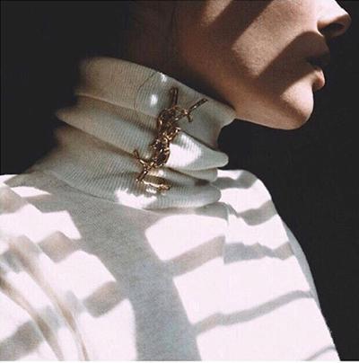 womens-fashion-photography-gold-beige-big-jewelry-turtlenecks