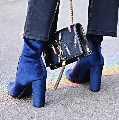 womens-fashion-photography-blue-velvet-suede