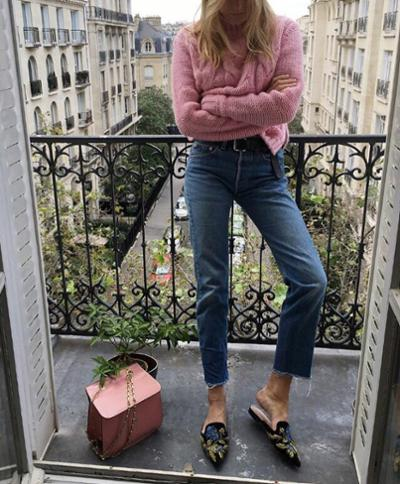 womens-fashion-ootd-pink-denim-boyfriend-jeans