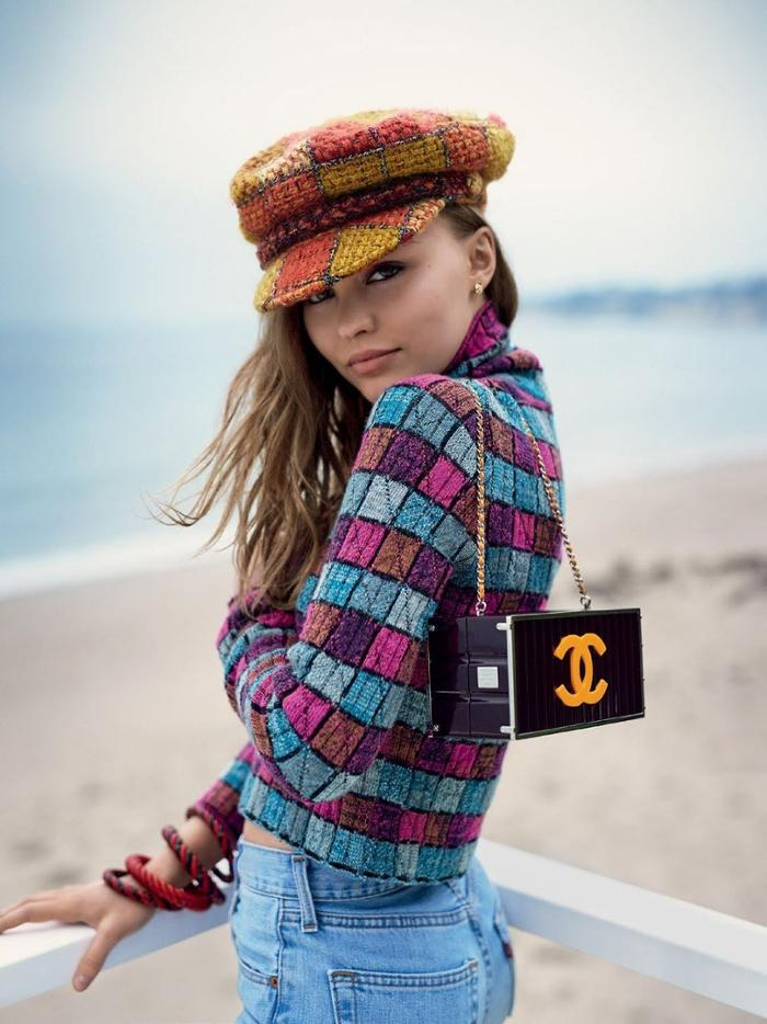 womens-fashion-photography-seventies-plaid-bright-colors-chain-bags