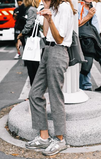 womens-style-inspiration-white-grey-bright-colors-wide-belts