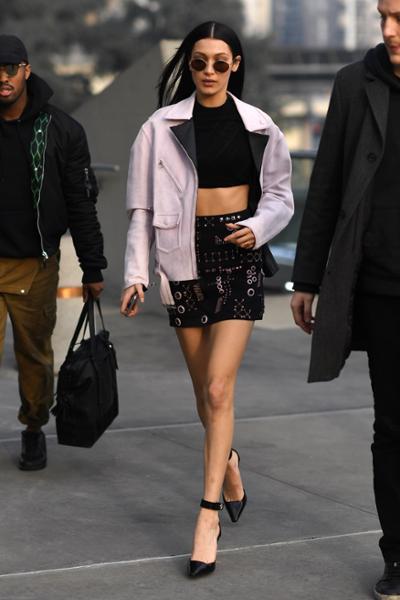 womens-fashion-ideas-pink-black-crop-tops-chic-sunglasses