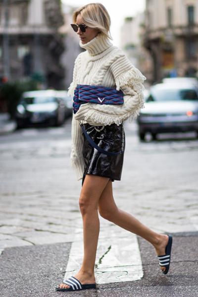womens-fashion-ideas-multicolor-turtlenecks-chic-sunglasses