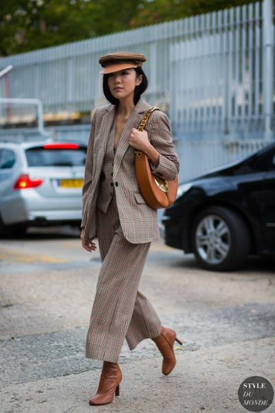 womens-fashion-photography-brown-masculine-culottes