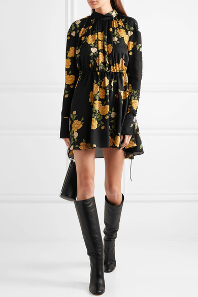 womens-fashion-outfit-florals-yellow-black-gothic