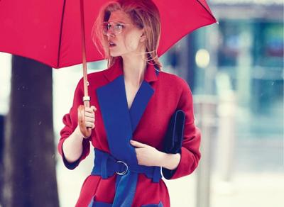 womens-fashion-photography-red-blue-light-coats-wide-belts