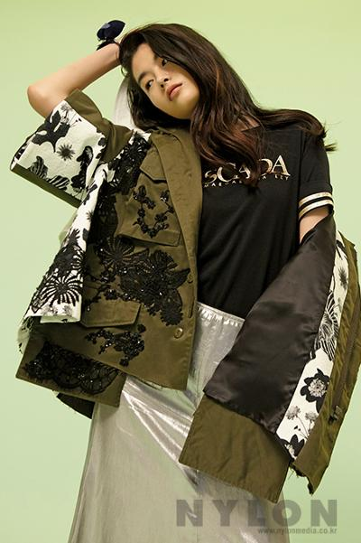 womens-fashion-outfit-green-black-military-long-skirts