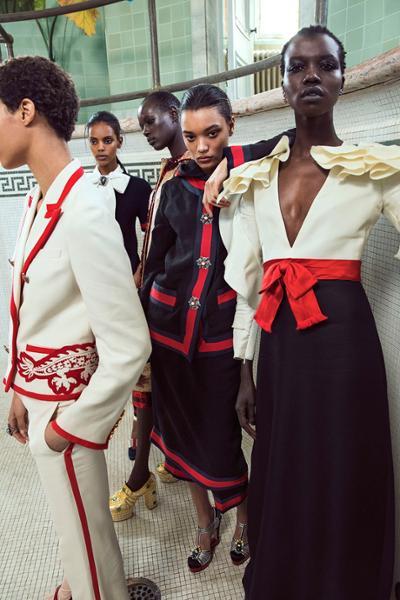 womens-fashion-ootd-multicolor-ruffles