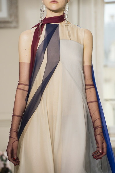 womens-fashion-photography-multicolor-silk-and-satin