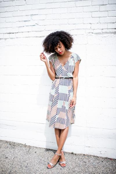 womens-fashion-photography-multicolor-stripes