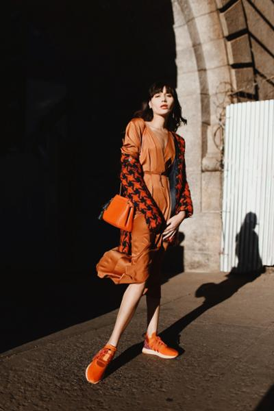 womens-fashion-outfit-orange