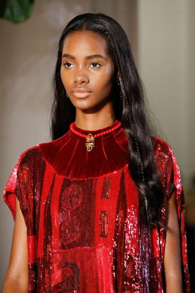 womens-fashion-inspiration-red-sequins