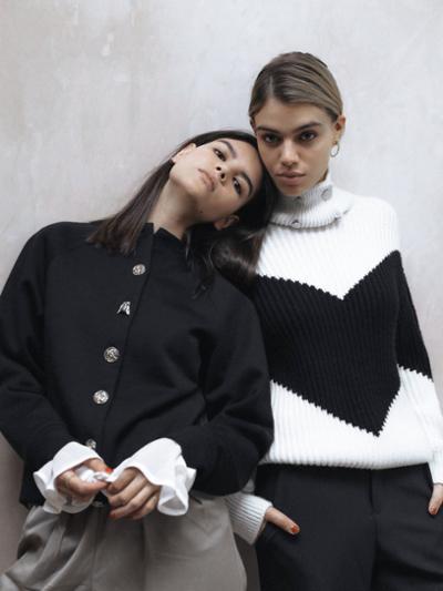 womens-fashion-outfit-ruffles-black-and-white-turtlenecks