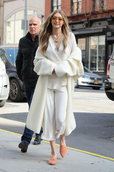 womens-fashion-outfit-fur-all-white-fuzzy