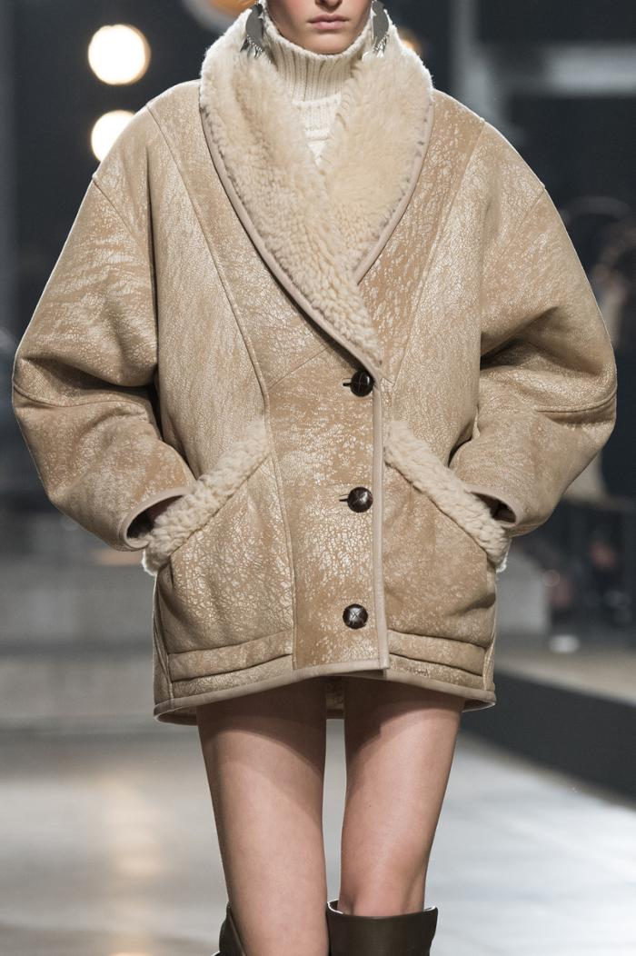 womens-fashion-photography-beige