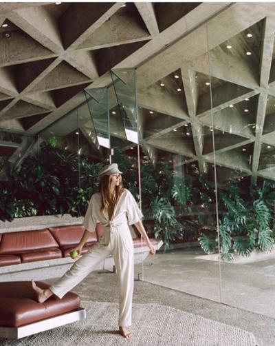 womens-fashion-ootd-white-beige
