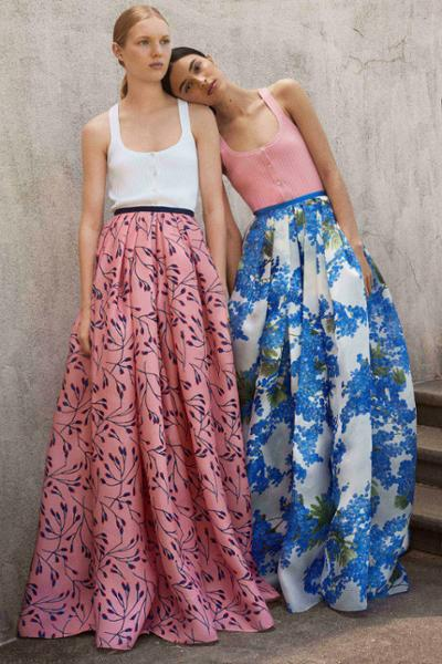 womens-fashion-ideas-florals-bright-colors-long-skirts
