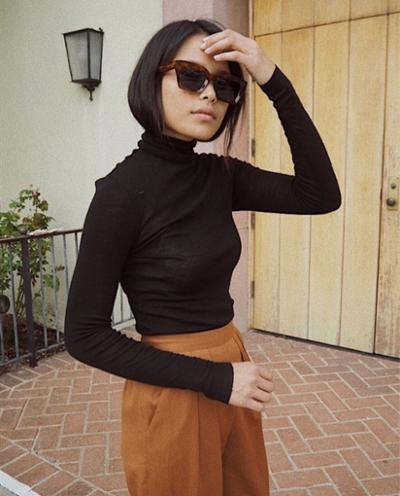womens-style-inspiration-black-camel-turtlenecks-chic-sunglasses