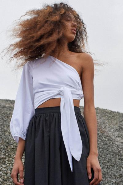 womens-fashion-ideas-crop-tops-black-and-white