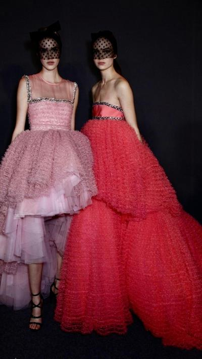 womens-style-inspiration-pink-red-ruffles-long-skirts