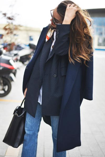 womens-fashion-photography-navy-masculine