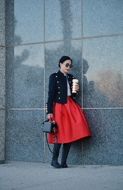 womens-fashion-inspiration-red-military