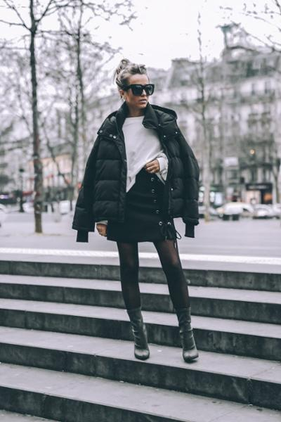 womens-fashion-ootd-black-and-white-puffer-coats