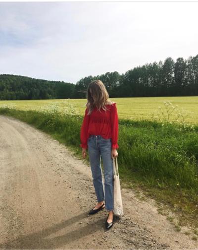 womens-fashion-look-red-denim