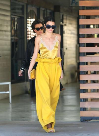 womens-fashion-outfit-yellow