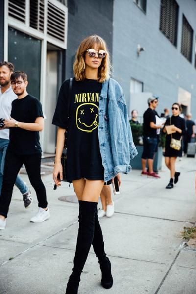 womens-fashion-outfit-denim-tall-boots-all-black-chic-sunglasses