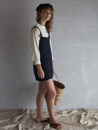 womens-fashion-outfit-blue-beige