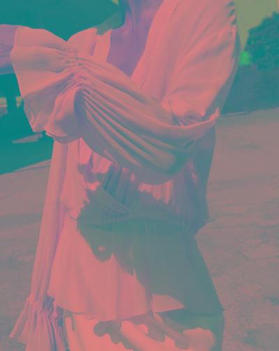 womens-fashion-ideas-white-beige-ruffles