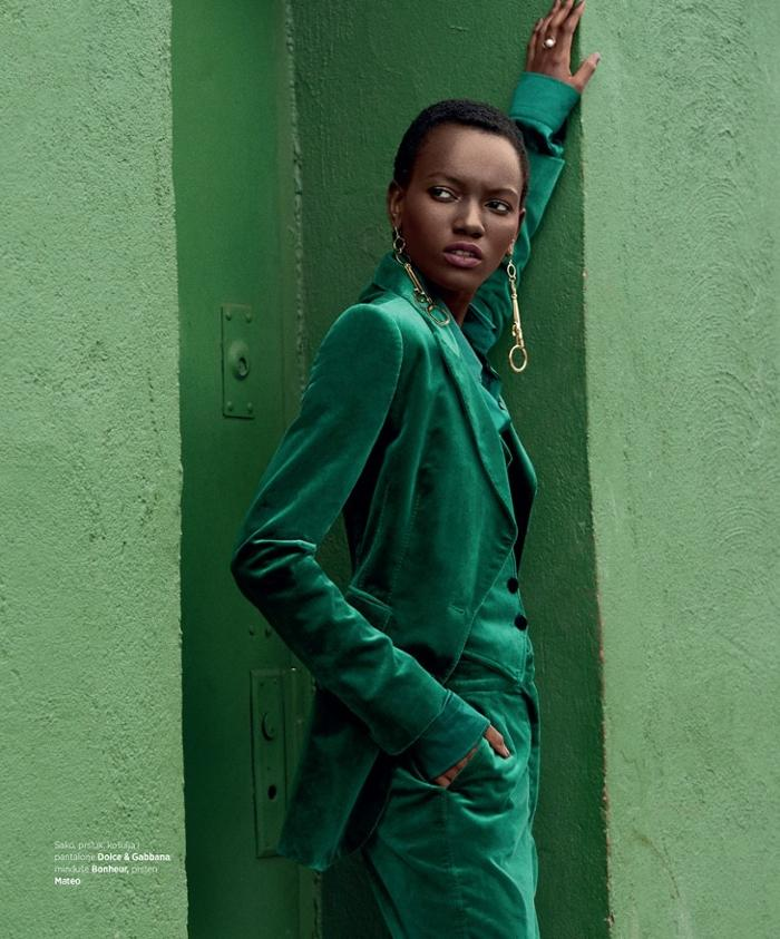 womens-fashion-photography-green-masculine-big-jewelry-velvet