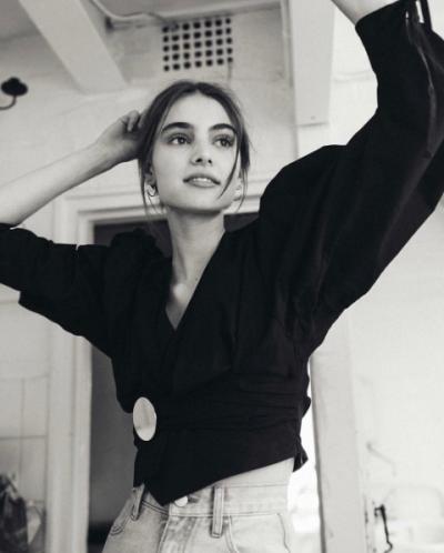 womens-fashion-ootd-black-denim