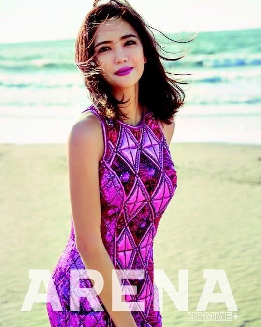 womens-fashion-photography-purple-bright-colors-neon