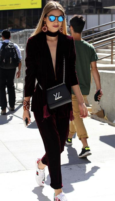 womens-fashion-look-velvet-sportswear-burgundy-chain-bags