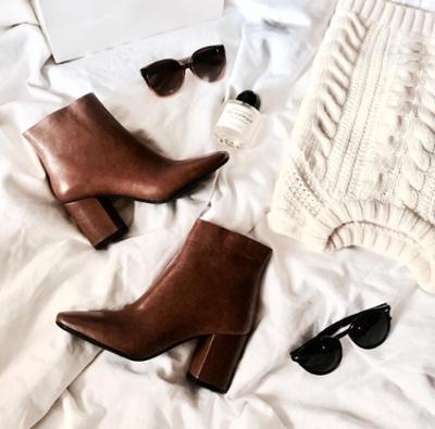 womens-fashion-outfit-brown-leather-beige-chic-sunglasses