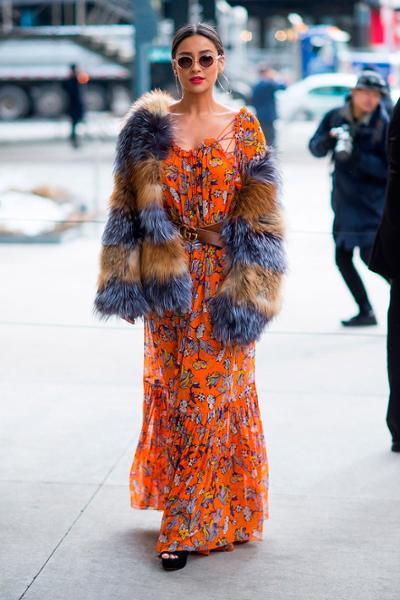womens-fashion-ideas-florals-orange-fur-chic-sunglasses