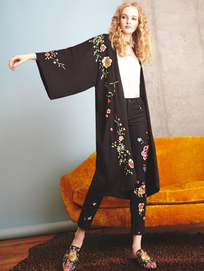 womens-fashion-inspiration-florals-black-flared-pants