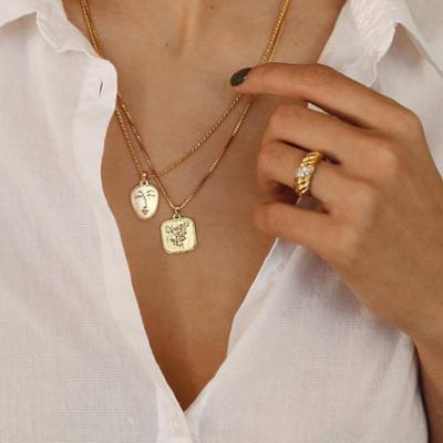 womens-fashion-inspiration-white-gold