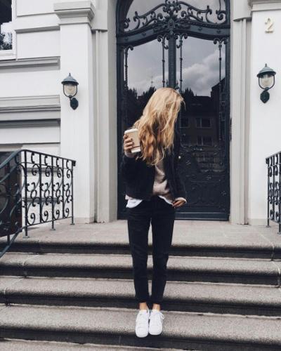 womens-fashion-look-white-black-sportswear