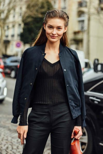 womens-fashion-inspiration-black-turtlenecks