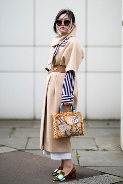 womens-fashion-photography-winter-coats-camel-wide-belts